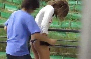 Shy Love - Une brune aux porno en direct fr gros seins adore la baise anale