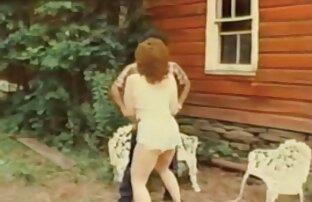 La salope xvideo francais gratuit britannique Renee Richards se fait prendre en train de tricher