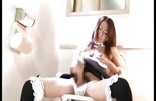 Femme films pornos fr sexy chevauche une bite au hasard