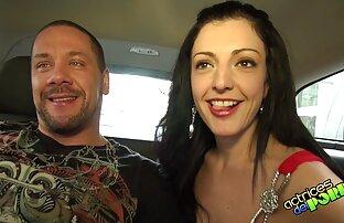 Femme chaude aux gros seins baise son gros mari film video porno francais