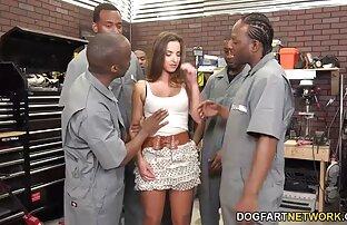 Extras de film porno streaming french Stripper dans la salle VIP