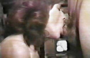 AJ Estrada bourré pendant que son film porno streaming vf mari regarde